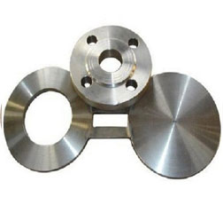 Hastelloy Spectacle Blind Flange